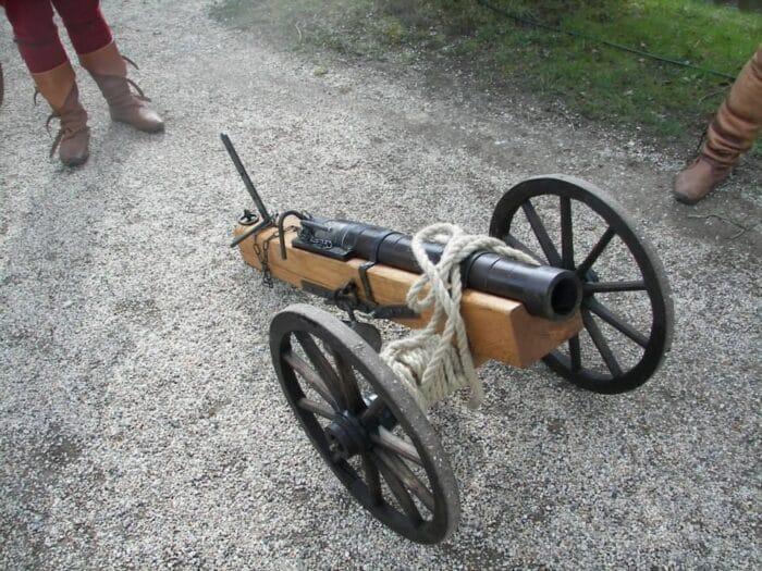 Canhões: como surgiram e como funcionam essas armas de artilharia?