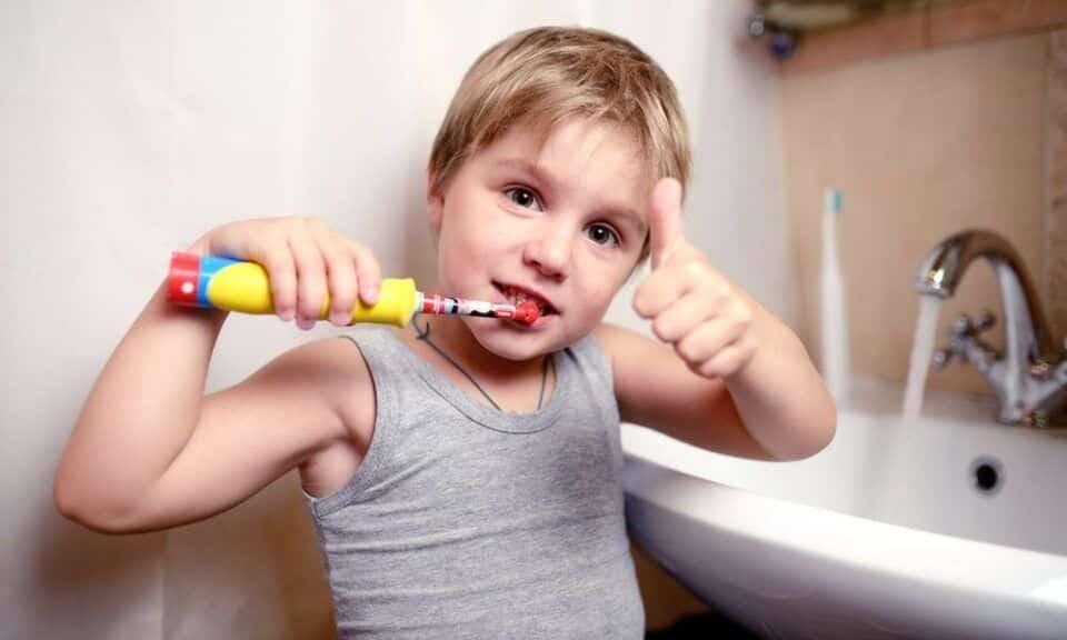 Escova de dentes – Tipos e como escolher corretamente