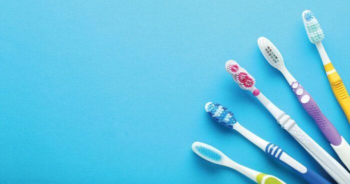 Escova de dentes: quais os tipos e como escolher corretamente