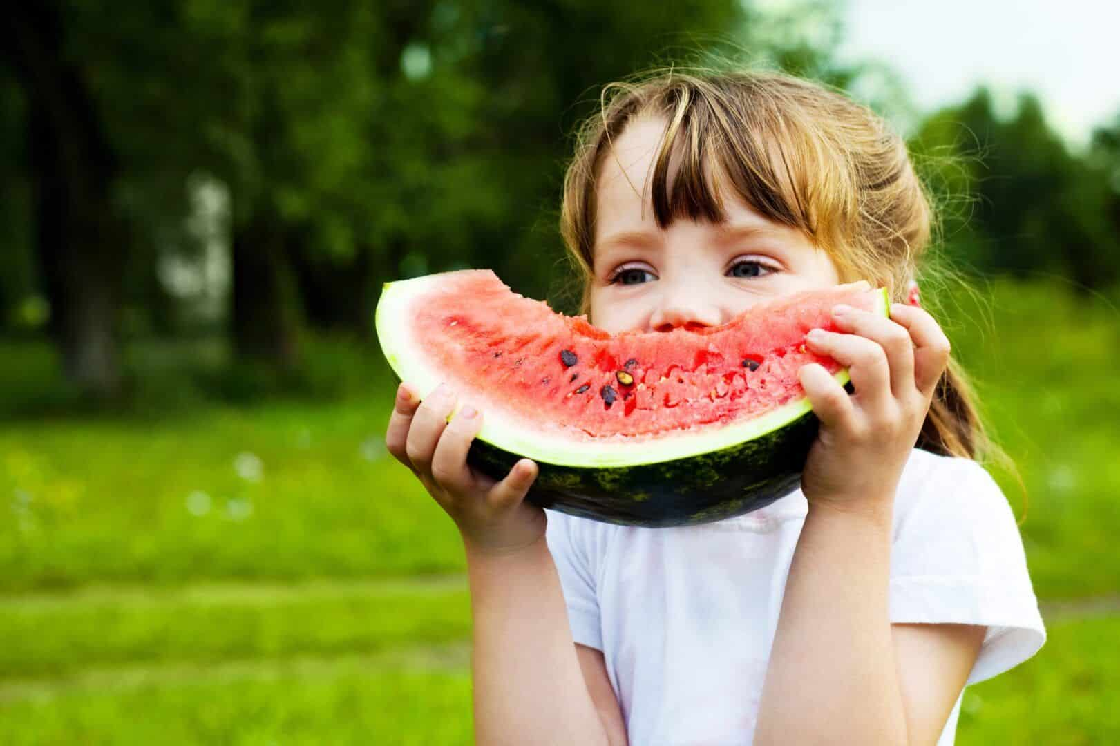 Benefícios da melancia - principais efeitos positivos da fruta na saúde
