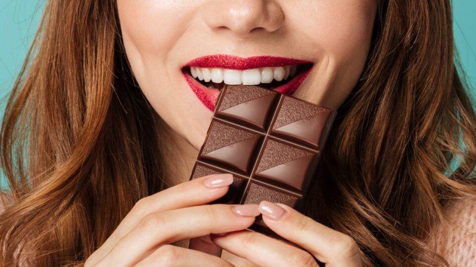 Comer chocolate – Quando pode trazer benefícios para a saúde