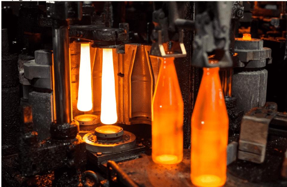 Como é feito o vidro? Material usado, processo e cuidados na fabricação