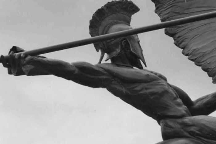 Deus da guerra: quem foi o temível Ares na mitologia grega?