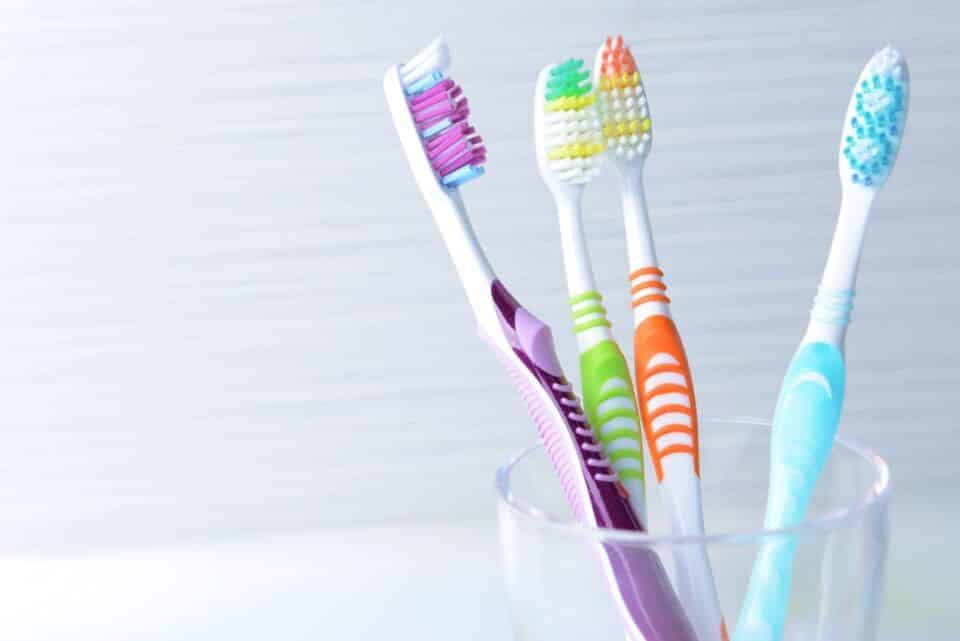 Escova de dente – Origem, história da criação e importância