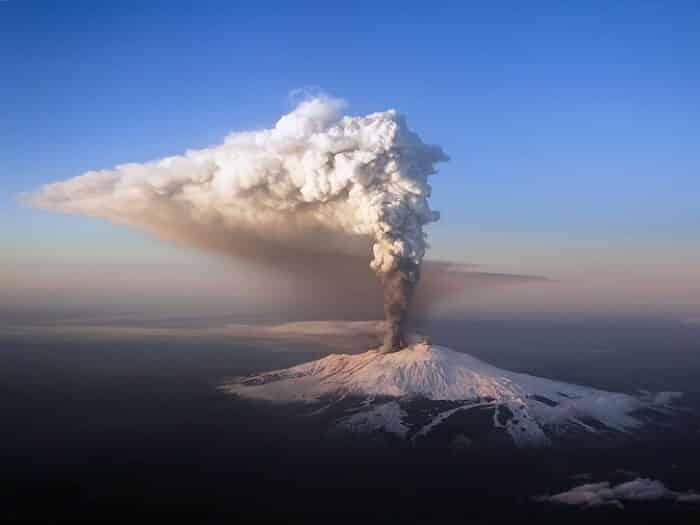 Vulcão Etna: história e curiosidades sobre o gigante da Sicília