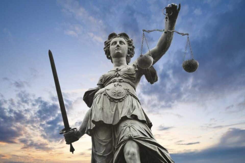 Astreia, quem é? Origem, mito e atribuições simbólicas da deusa da justiça