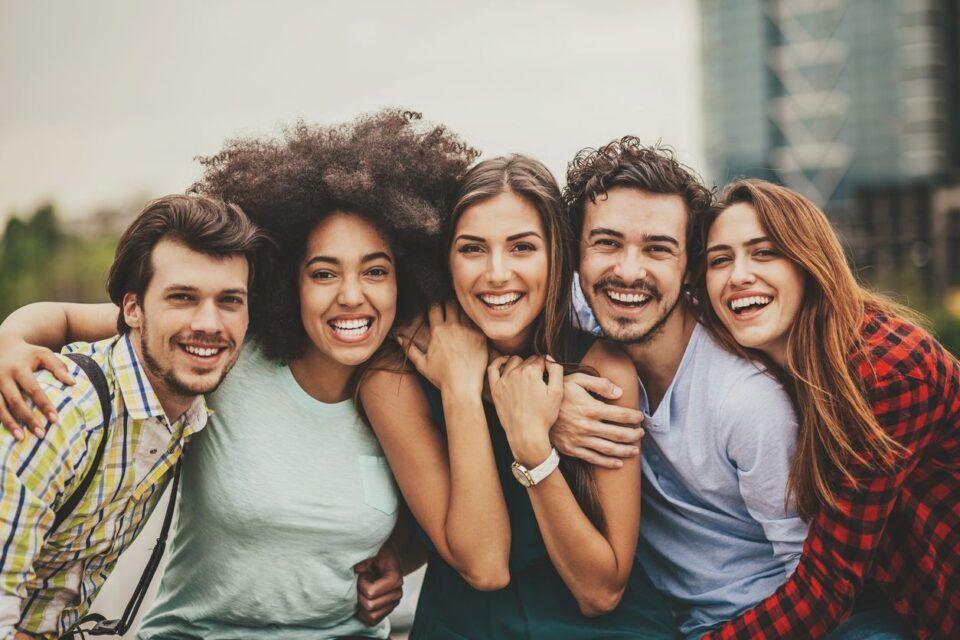 Benefícios da amizade, quais são? Importância para a saúde do corpo