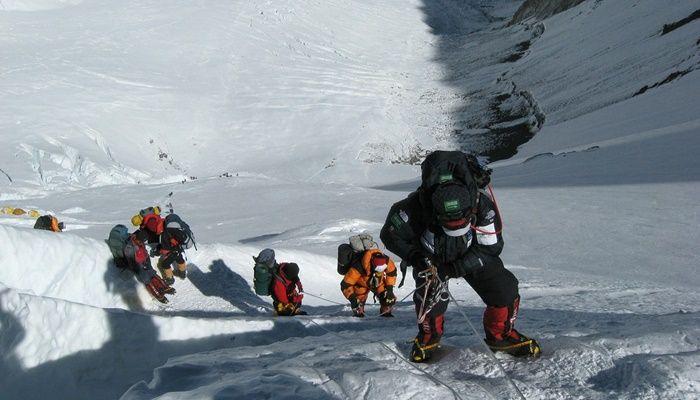 Monte Everest: história, localização e curiosidades sobre a zona da morte
