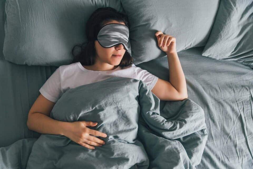 Por que dormimos? Principais funções realizadas durante o sono