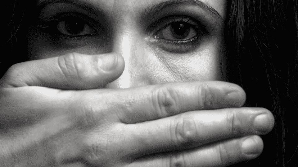 Relacionamento abusivo – Principais sinais para identificar a situação