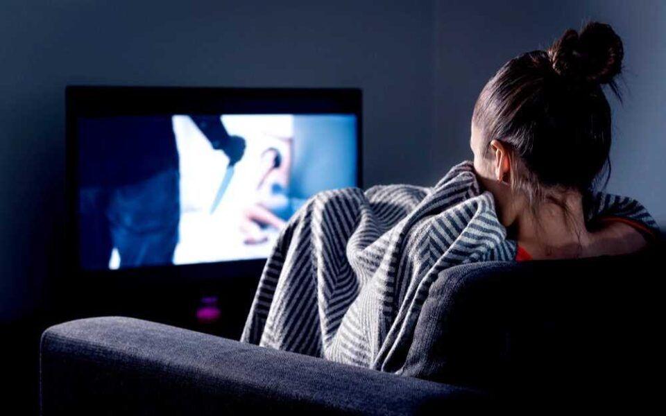 Vício em séries – Consequências do distúrbio e como lidar com o problema