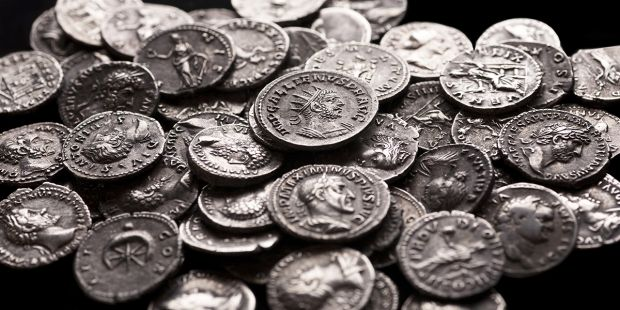 Como limpar moedas antigas? Dicas de conservação e limpeza