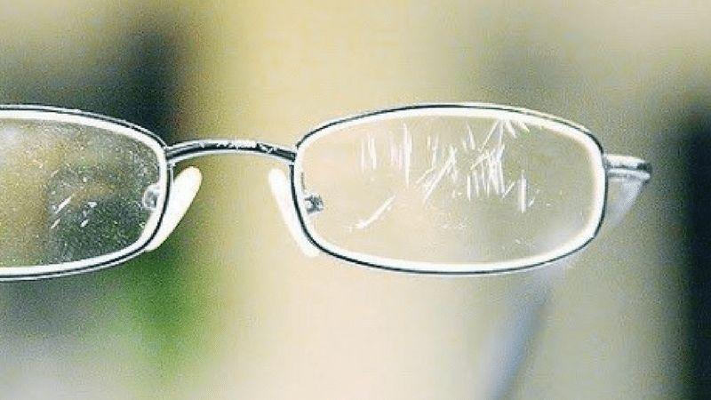 Como tirar arranhões de óculos - o que fazer para proteger as lentes