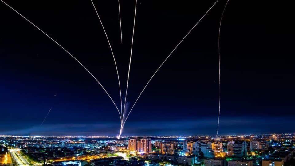 Domo de Ferro – Definição e como funciona o sistema antimísseis de Israel