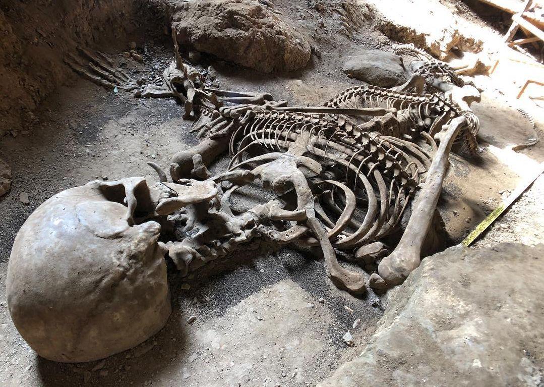 Esqueletos gigantes - conheça os principais casos documentados