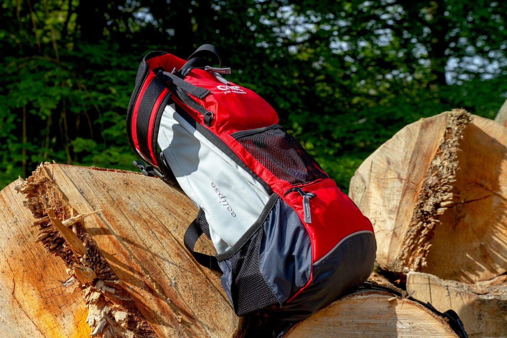 Fotografia de uma mochila esportiva para ilustração do item