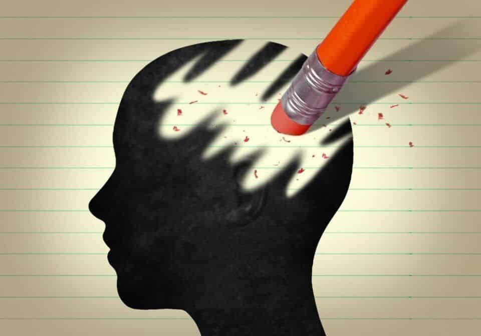 Perda de memória: causas e origens para o problema