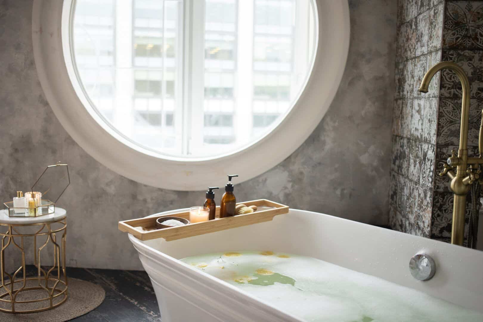Fotografia de um banho especial de banheira para ilustração do item