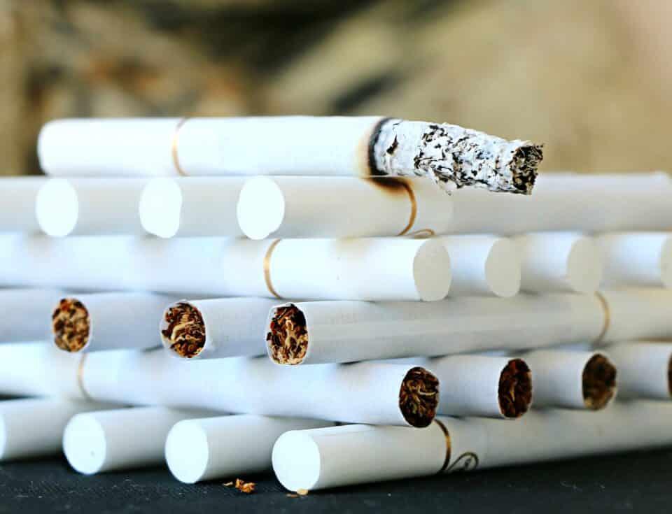 História do cigarro: origem e curiosidades sobre o produto