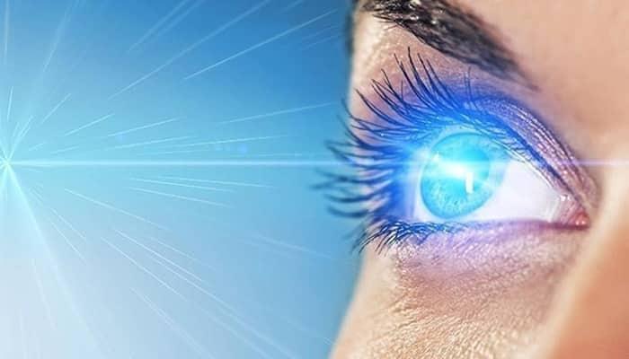 Luz do celular: o que é a luz azul e como ela pode afetar seus olhos?