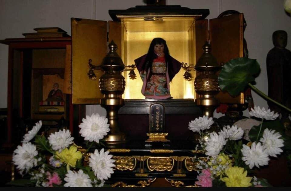 Okiku: conheça a misteriosa lenda da boneca japonesa assombrada
