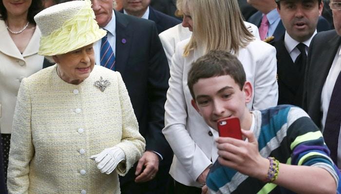 25 regras estranhas da família real que você não vai acreditar