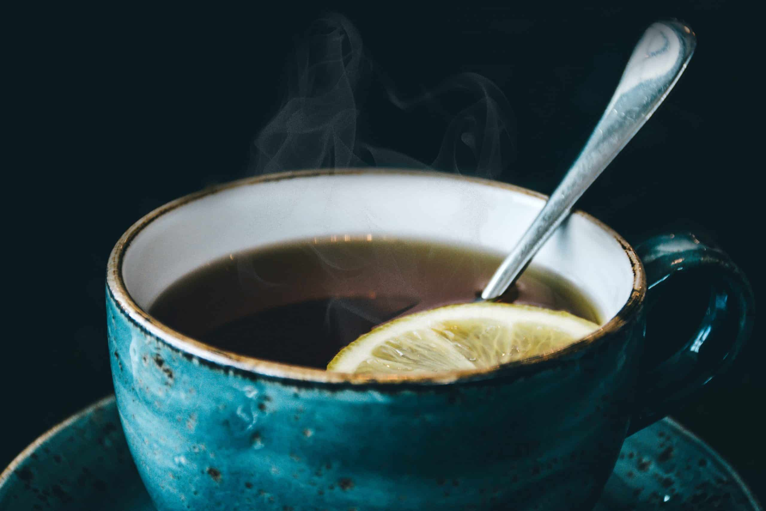 Fotografia de um copo de chá