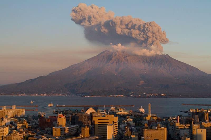 Como se forma um vulcão: origem e estrutura do fenômeno