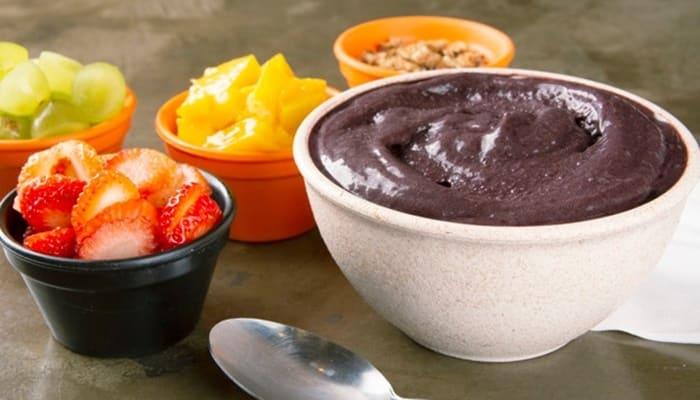 Curiosidades sobre o açaí: 10 benefícios do consumo da fruta