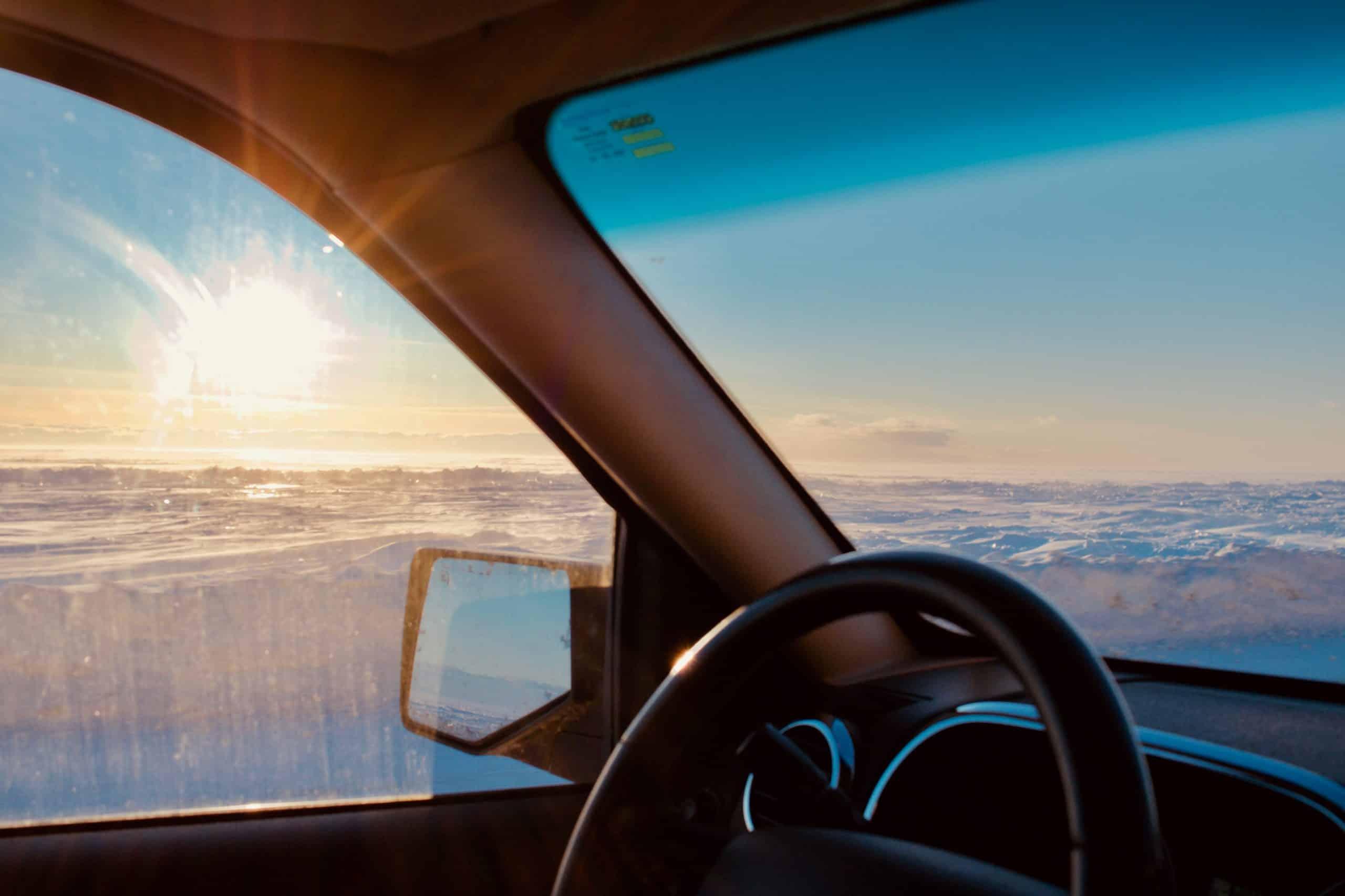 Vidro embaçado é um problema para o motorista, saiba como evitá-lo